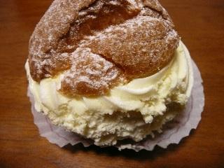 ユーハイムのシュークリーム